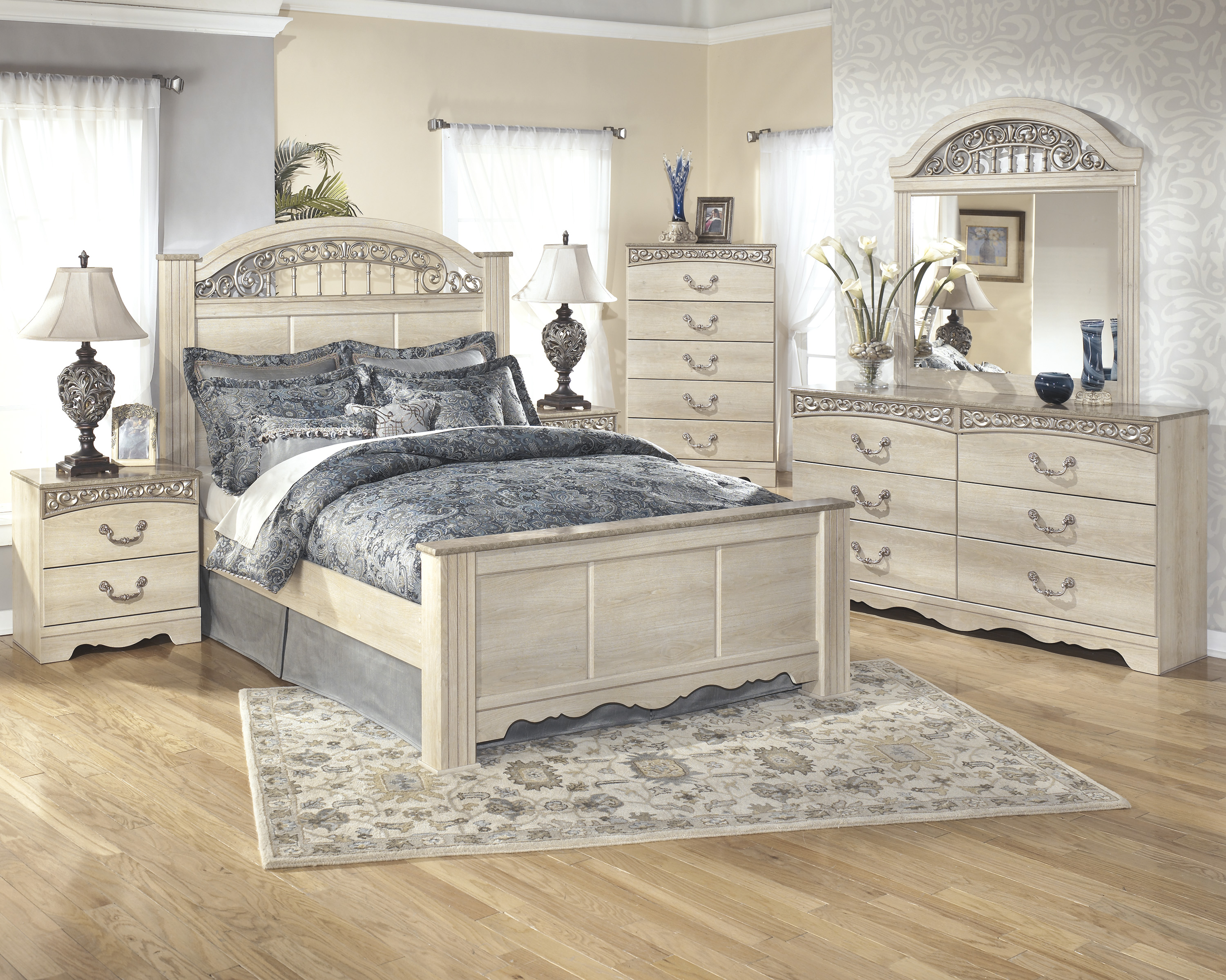 Ashley Catalina Poster 4pc Bedroom Set