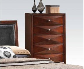 Windsor Merlot Chest